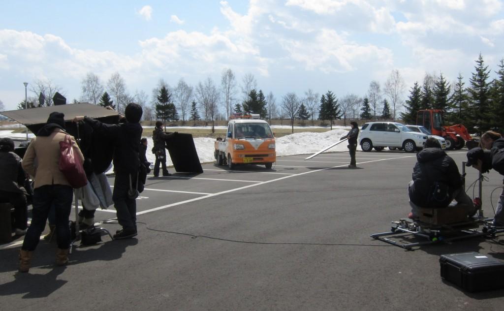 2014年4月17日 ホコリと幻想ロケ現場にて軽トラック「便利屋助六」号
