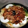 ジンギスカン。隣町和寒町の金子精肉店のジンギスカン。野菜もついてボリュームたっぷり。